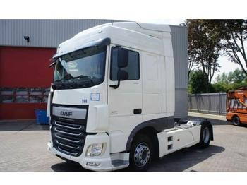 DAF XF106-460 Spacecab Automatic Euro-6 2017  - cabeza tractora