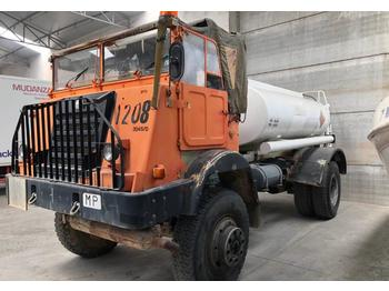 Camión cisterna Pegaso 3045D