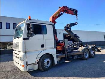 Camión multibasculante MAN TGA 26.430 6x2 container Euro3