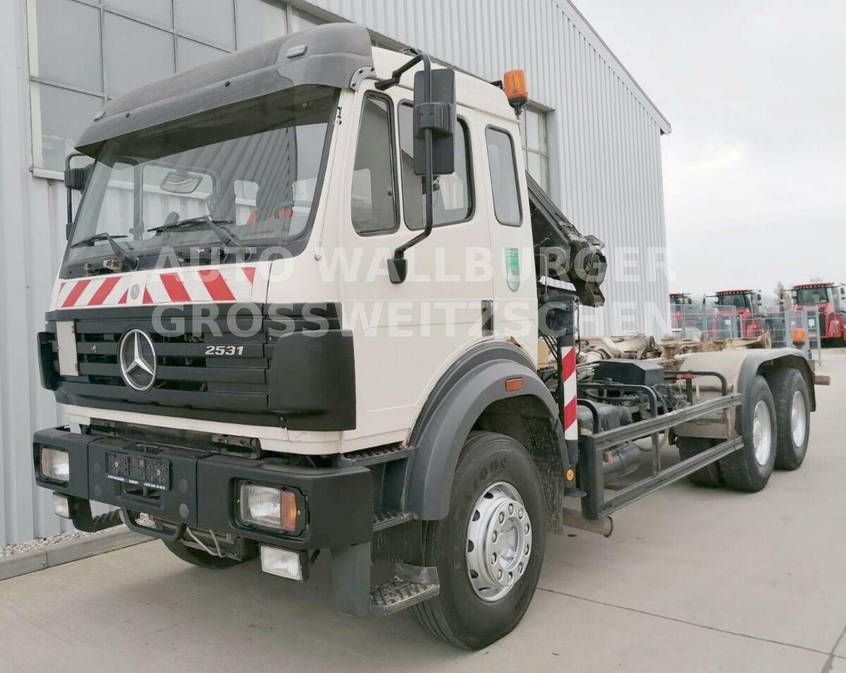 camión multibasculante Mercedes-Benz 2631 /2531 SK / Abrollkipp. 6x4 + KRAN + KLIMA