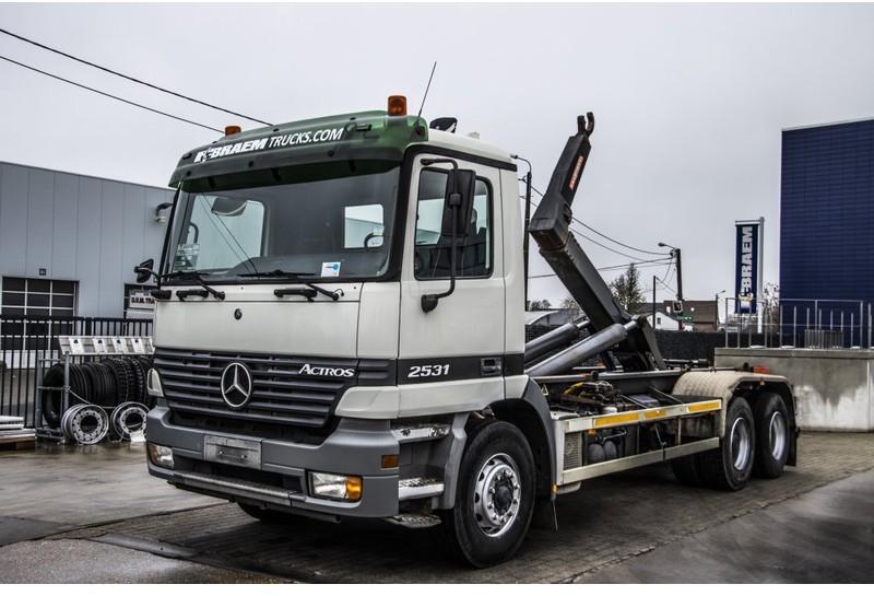 camión multibasculante Mercedes-Benz ACTROS 2531 L