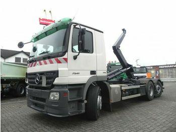 Camión multibasculante Mercedes-Benz Actros 2541 L6x2 Abrollkipper Lenk+Lift nur 358T