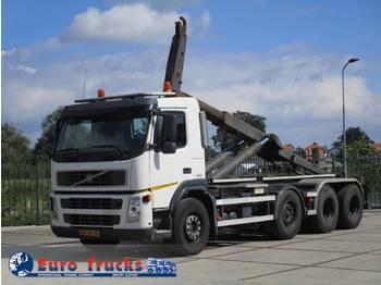 Camión multibasculante Volvo FM 440 8X4