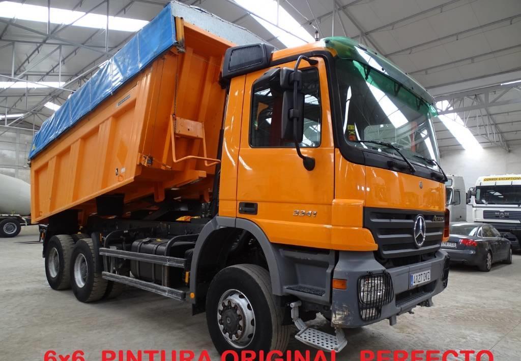 camión volquete Mercedes-Benz Actros 3341