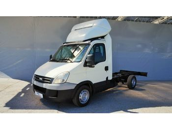 Chasis camión Iveco DAILY 35S14G FAHRGESTELL / CNG