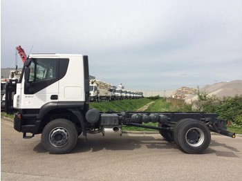 Iveco Trakker 380 4x2 Chassis Cab - chasis camión