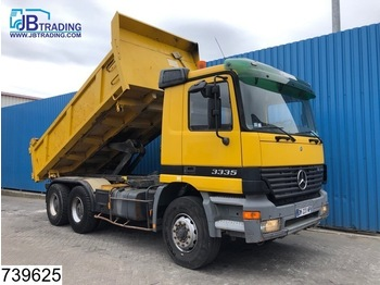 Mercedes-Benz Actros 3335 6x4, manual, Steel suspension, 13 Tons axles, Analoge tachograaf, Hub reduction - volquete camión