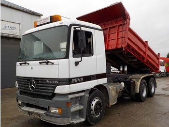 Volquete camión Mercedes-Benz actros 2643 (BIG AXLE / STEEL SUSPENSION / MANUAL GEARBOX)