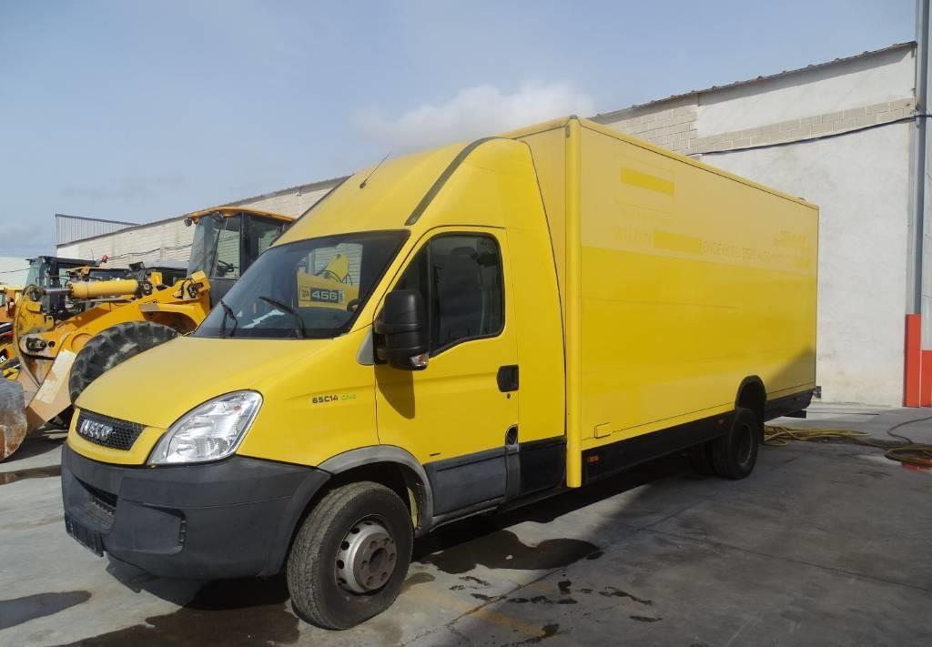 furgoneta caja cerrada Iveco 65C14 CNG