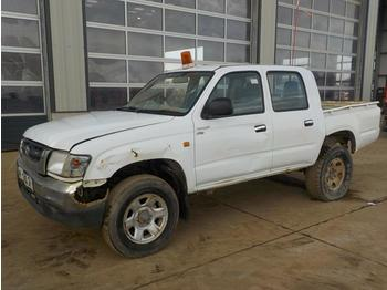 2002 Toyota Hilux - pick-up