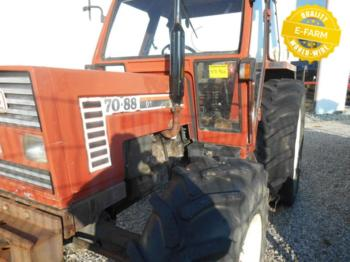Tractor agricola Fiat Agri 70-88