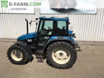 Ford 7635 DT - tractor agricola