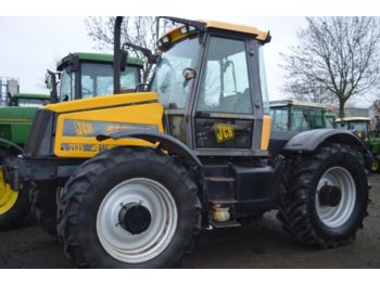 Tractor agricola JCB 2135