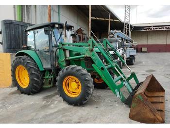 Tractor agricola John Deere 6215 R