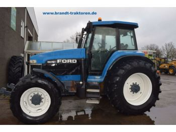 Tractor agricola NEW HOLLAND 8670