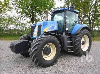 NEW HOLLAND T8030 - tractor agricola