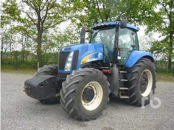 NEW HOLLAND T8040 - tractor agricola