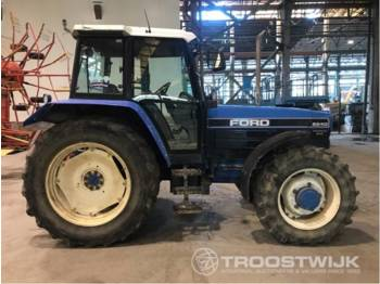 Tractor agricola New Holland 8240SLE DT