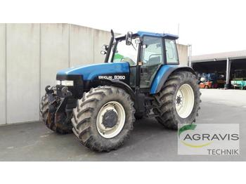 Tractor agricola New Holland 8360