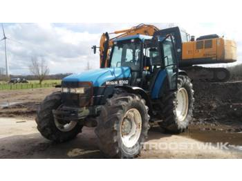 New Holland 8360 Ford - tractor agricola