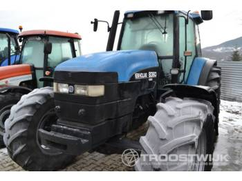 Tractor agricola New Holland 8360 Ford
