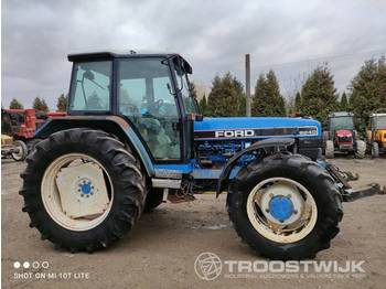 New Holland FORD 8240 - tractor agricola