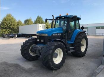 Tractor agricola New Holland G 210