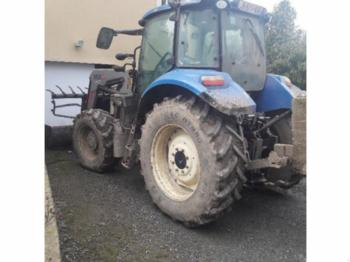 New Holland T595 - tractor agricola