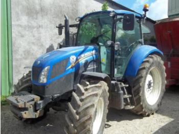 Tractor agricola New Holland T5.105