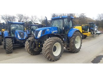 New Holland T7.220 Auto Command  - tractor agricola