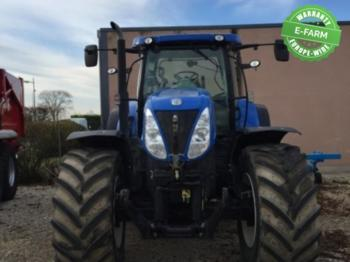 New Holland T7.235AC - tractor agricola