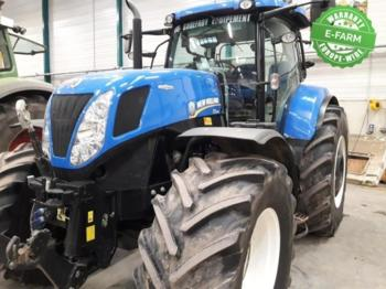 New Holland T7.270 AUTOCOMMAND - tractor agricola