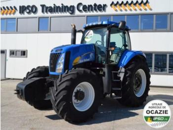New Holland T8020 - tractor agricola