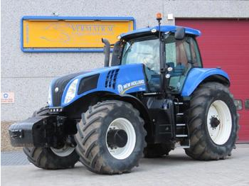 Tractor agricola New Holland T8.390