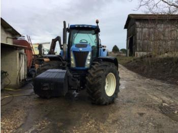 Tractor agricola New Holland TG230