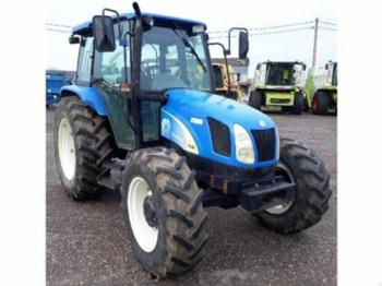 New Holland TL 90 A - tractor agricola