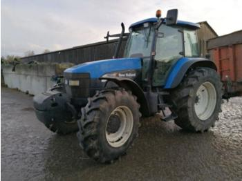 Tractor agricola New Holland TM155