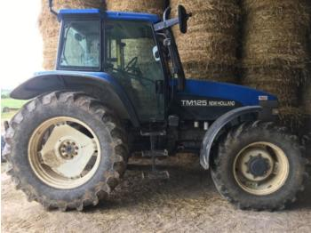 Tractor agricola New Holland TM 125