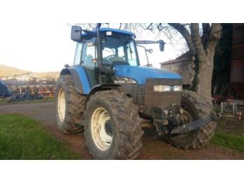Tractor agricola New Holland TM 130