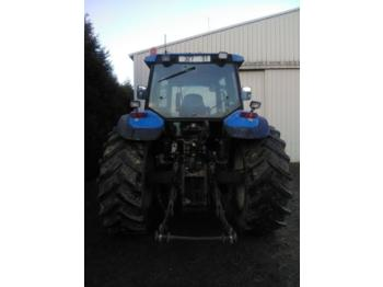Tractor agricola New Holland TM 150