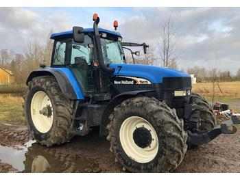 New Holland TM 175 4WD  - tractor agricola