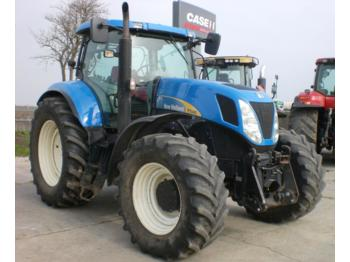 Tractor agricola New Holland T 7040