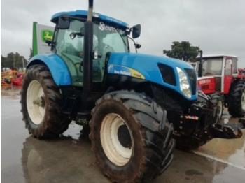 Tractor agricola New Holland T 7060