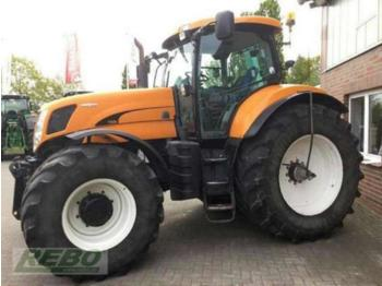 Tractor agricola New Holland T 7070