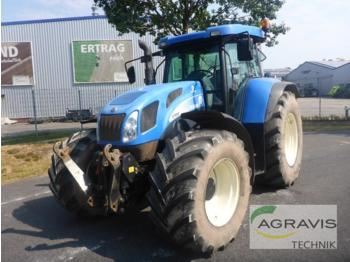 Tractor agricola New Holland T 7550