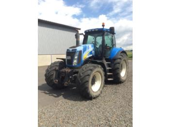 Tractor agricola New Holland t8040