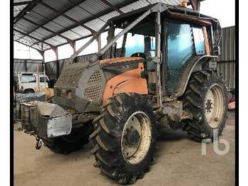 VALTRA N141 4WD Agricultural Tractor - tractor agricola