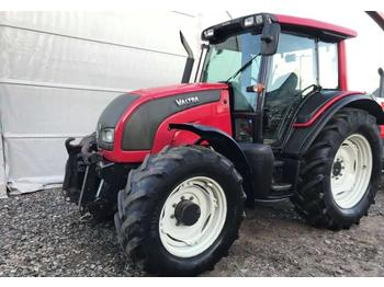 Valtra N111  - tractor agricola