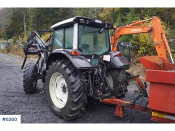 Valtra N 121 - tractor agricola