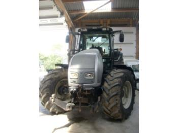 Valtra T121H - tractor agricola